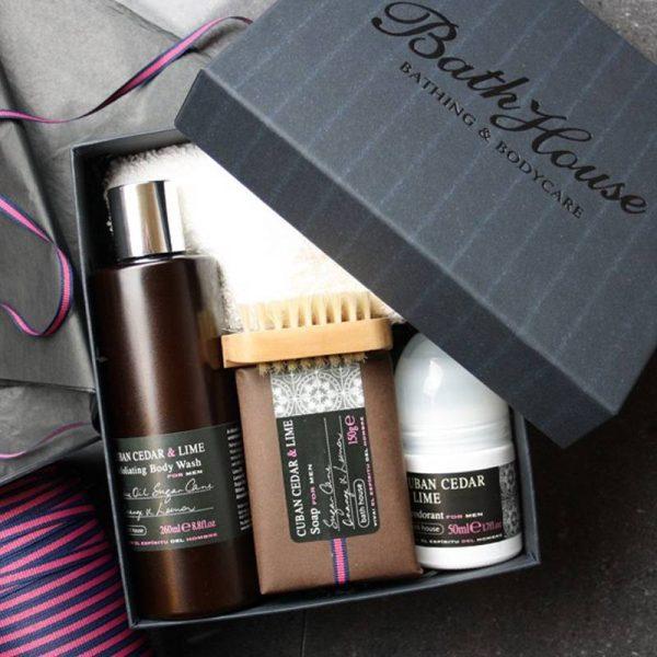 bath_house_cadeauset_cuban_cedar_lime_shower1