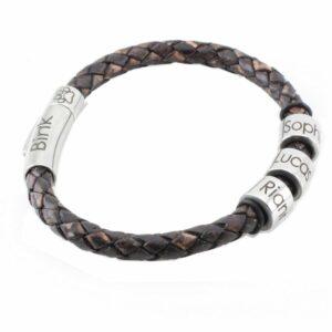 Armband met naamringetjes